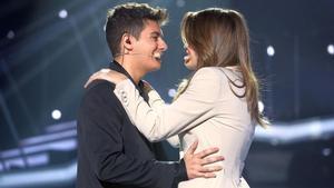 Amaia y Alfred, interpretan a dúo'Tu canción', en la gala número 12 de 'OT'.