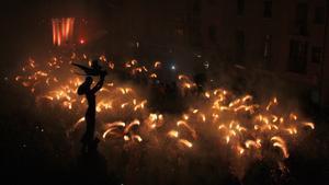 Mataró manté la Fogonada de Sant Jordi i adapta la Gegantada al context sanitari