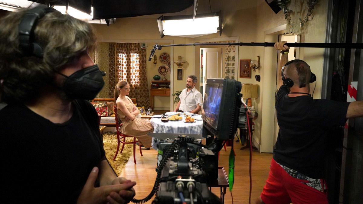 Manuela Velasco y Unax Ugalde durante el rodaje de 'Amar es para siempre'