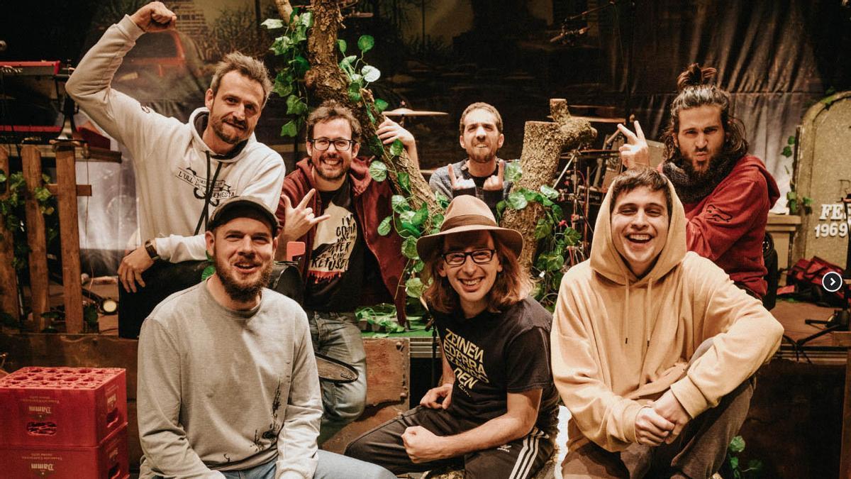 El grupo Búhos.