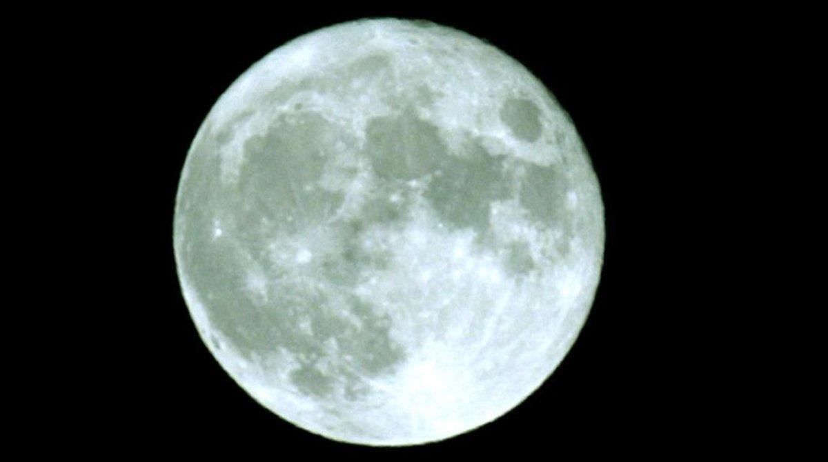 La 'lluna blava' a Halloween: què és i quan succeeix