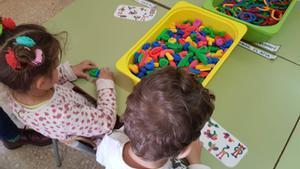 Niños y niñas en etapa preescolar.
