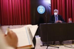 El concejal de Economía de L'Hospitalet, Francesc Belver, en la presentación del proyecto de presupuesto 2021
