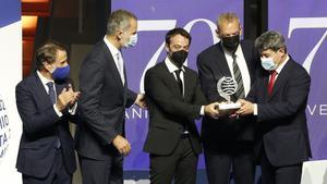 Jorge Diaz , Antonio Mercero y Augustin Martinez, reciben el Premio Planeta