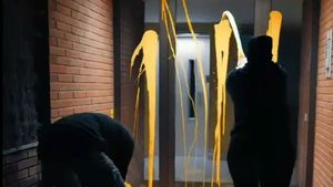 Arran pinta de groc la casa de Llarena a Sant Cugat