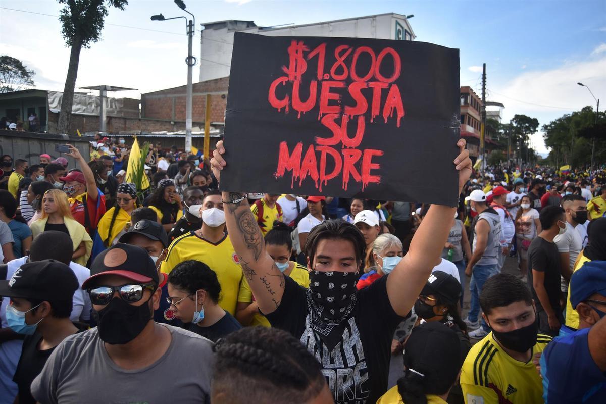 La subida impositiva que plantea Iván Duque está generando un fuerte rechazo en Colombia.