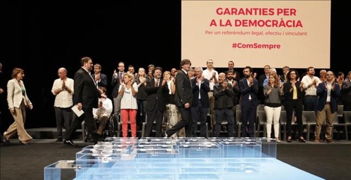 Carles Puigdemont, en el acto en el Teatre Nacional de Catalunya para presentar la ley del referéndum, el 4 de julio.