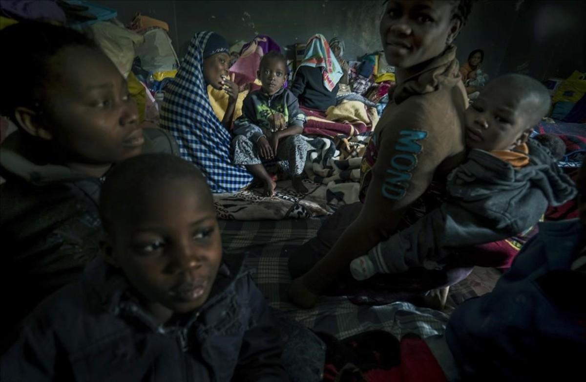 Refugiados atrapados en Libia