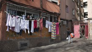 El 14-F en Sant Roc, Badalona.