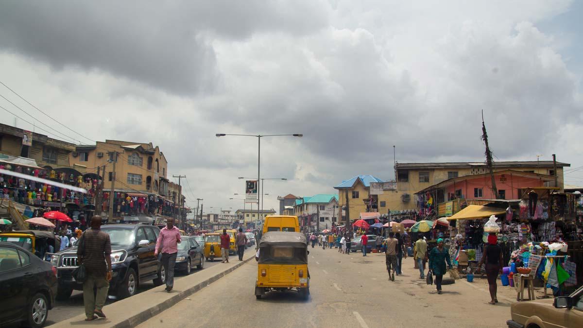 Calle de Lagos, Nigeria.