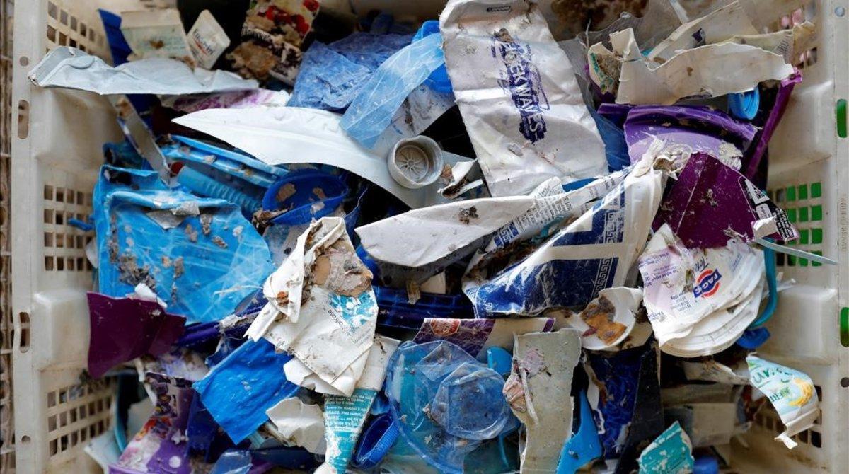 Una escola d'Austràlia obliga els estudiants a emportar-se les escombraries