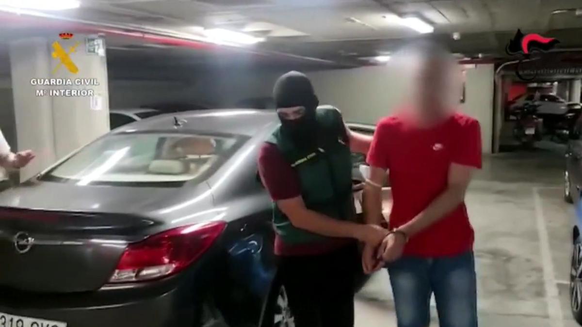 La Guardia Civil detiene en el centro de Barcelona a un mafioso prófugo de la Justicia italiana