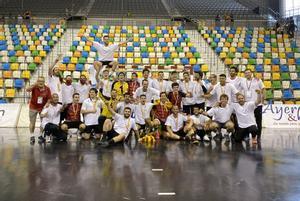 El Handbol Esplugues asciende a División de Honor Plata