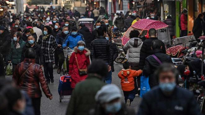 China analizará muestras de sangre de habitantes de Wuhan previas al brote de covid