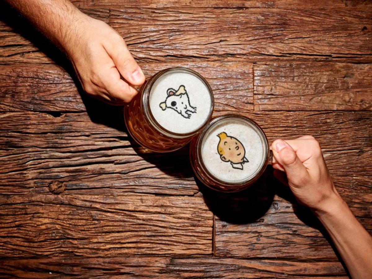 Esta startup es capaz de usar la espuma de la cerveza como soporte publicitario por primera vez