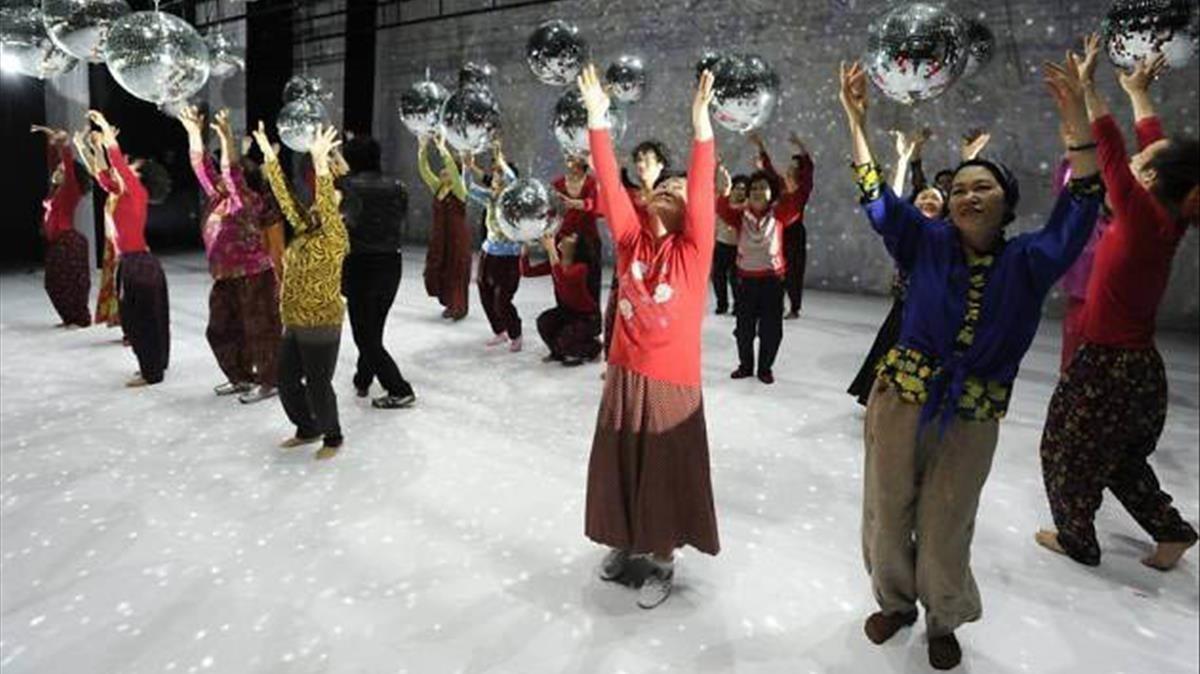 Un momentode 'Dancing Grandmothers', que el lunes se estrena en el Mercat.