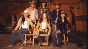 Protagonistas del serial colombiano 'Pasión de gavilanes', que emite Nova.