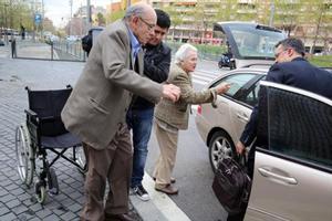 Fèlix Millet sale dela Ciutat de la Justícia y monta en su coche, hace unos días.