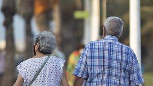 Una pareja de pensionistas.