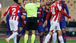 El Govern frena la federació i desautoritza el públic a les finals de Copa