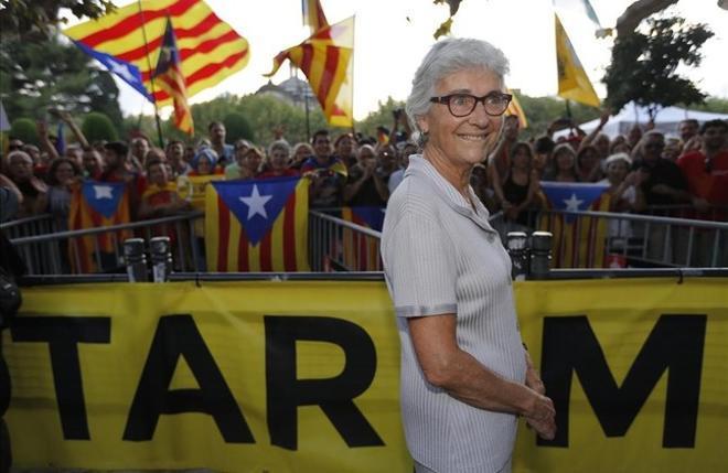 Muriel Casals després d'aprovar-se la llei de consultes al Parlament el 2014.