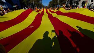 Encuesta CEO: El 'no' a la independencia de Catalunya aventaja en tres puntos al 'sí'