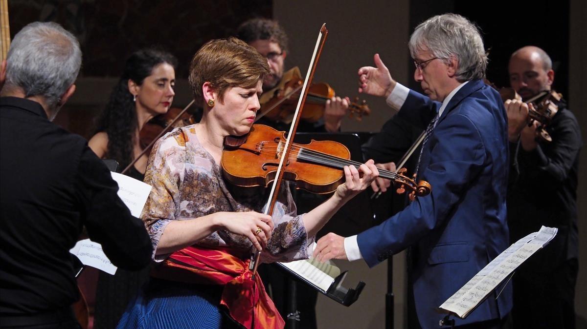 La violinista Isabelle Faust, el jueves durante el concierto que ofreció en el Palau 100.