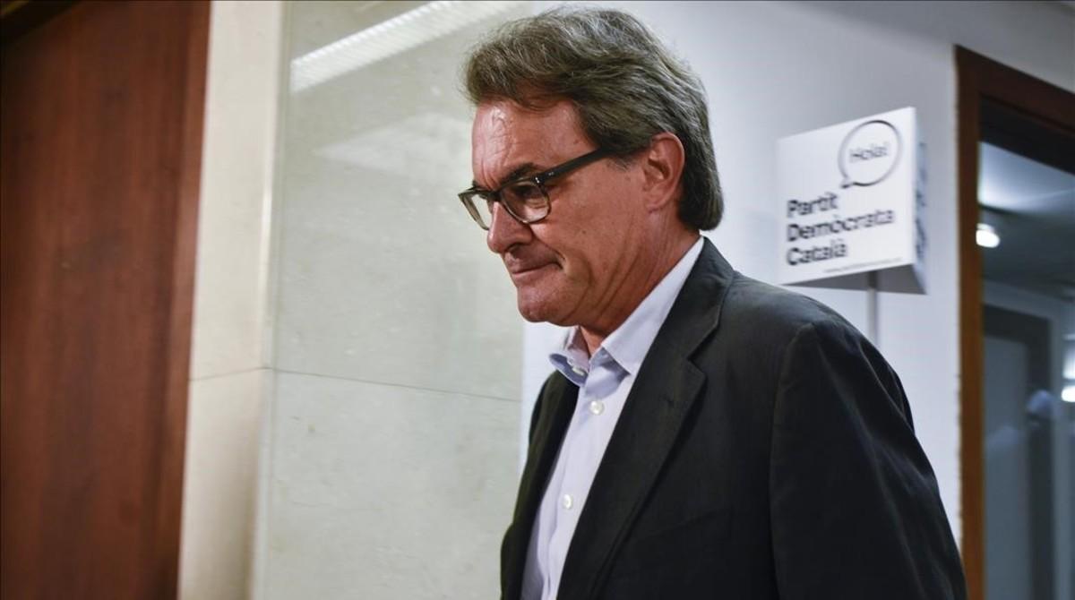 El Tribunal de Cuentas ordena el embargo de la casa de Artur Mas por el 9-N