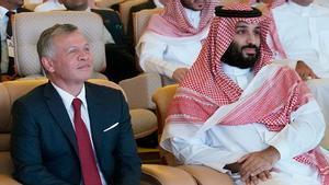 El rey Abdalá II, junto al príncipe saudí Bin Salman en una imagen de archivo.