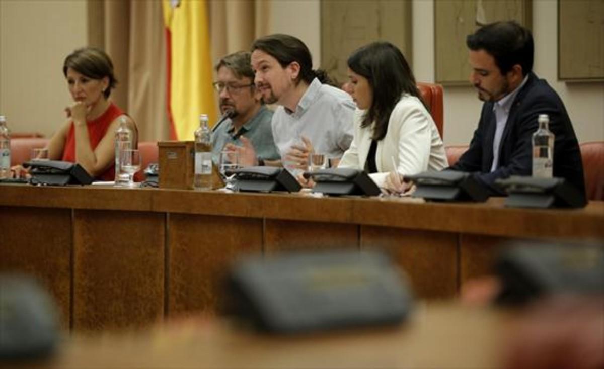 Xavier Domènech y Pablo Iglesias proponen su asamblea parlamentaria.