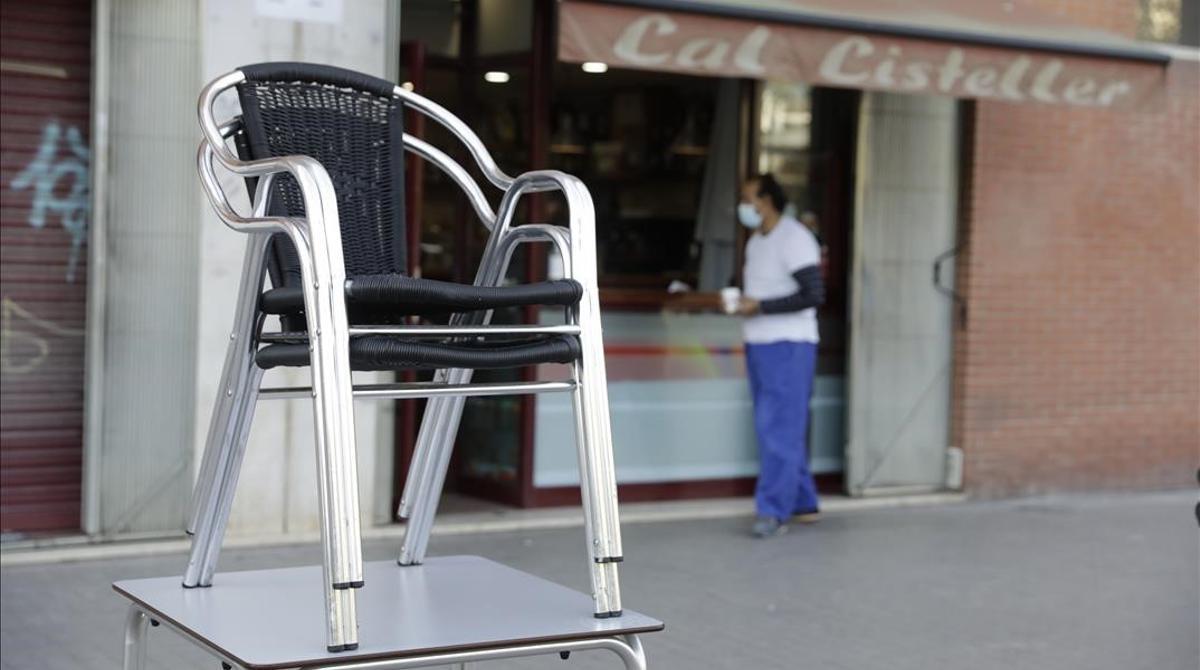 Restricciones en bares y restaurantes.
