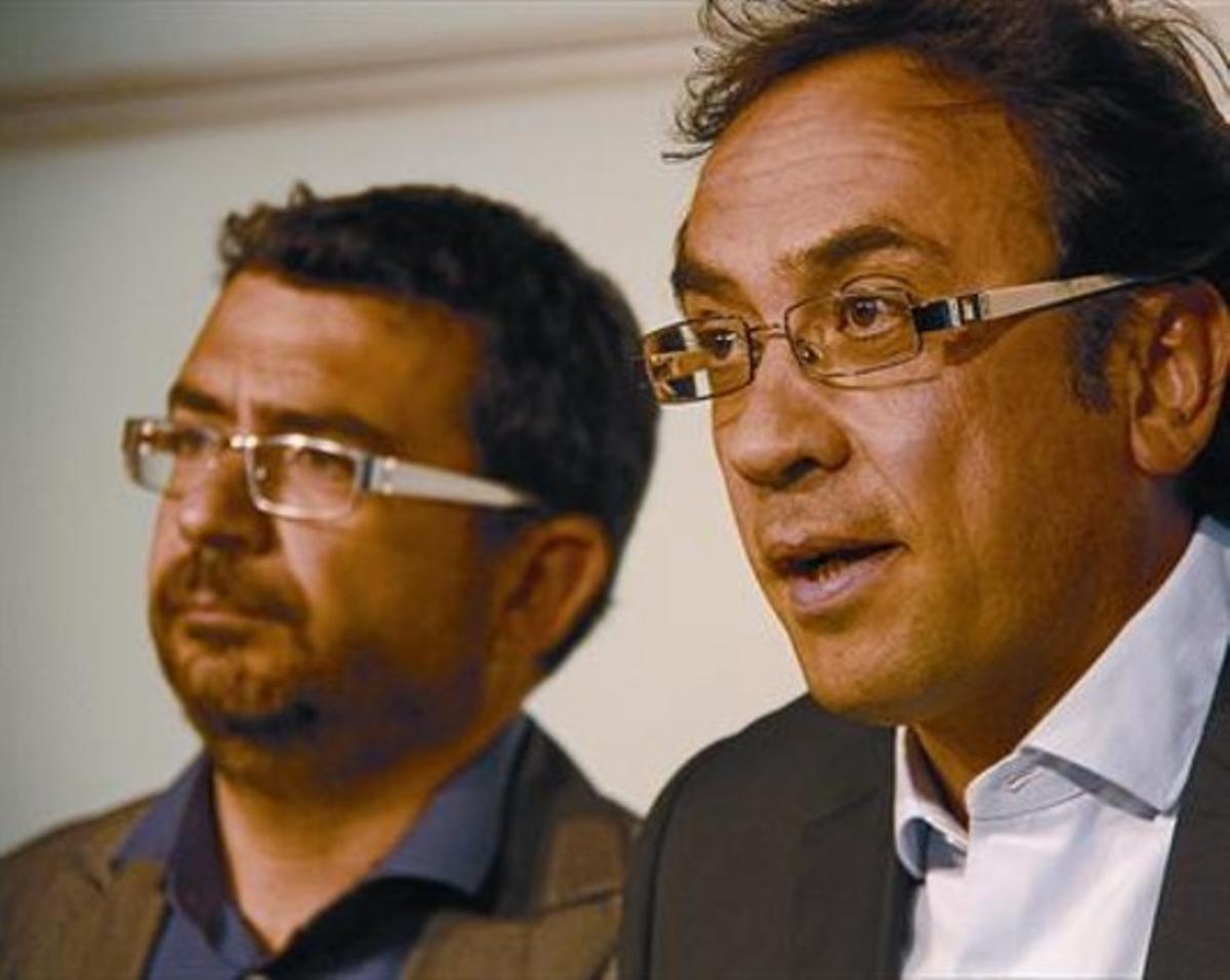 El coordinador de régimen interno de CDC, Francesc Sánchez (izquierda), y el número dos del partido, Josep Rull.