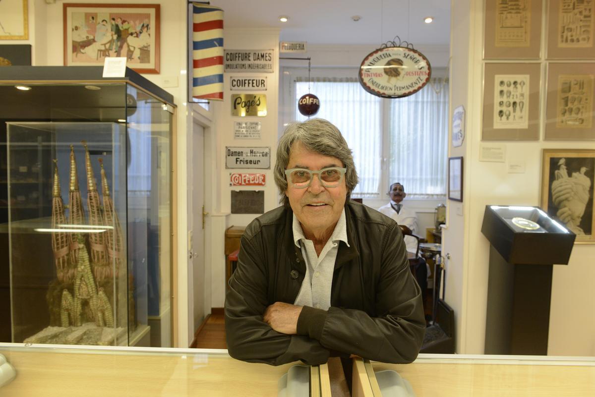 Raffel Pages, en 2015, en su museo de la Peluquería
