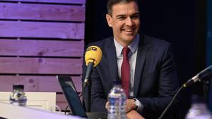 Sánchez demana al Govern català que escolti la Catalunya no independentista i deixa Junqueras fora de la taula