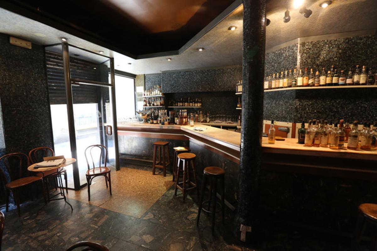 La Palma, el antiguo bar de la calle Espaseria del Born que dejó de existir la semana pasada.
