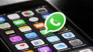 ¿Por qué nos enfadamos cuando no nos responden en WhatsApp?