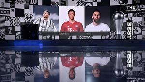 Lewandowski, entre Cristiano y Messi, en la gala de este jueves.