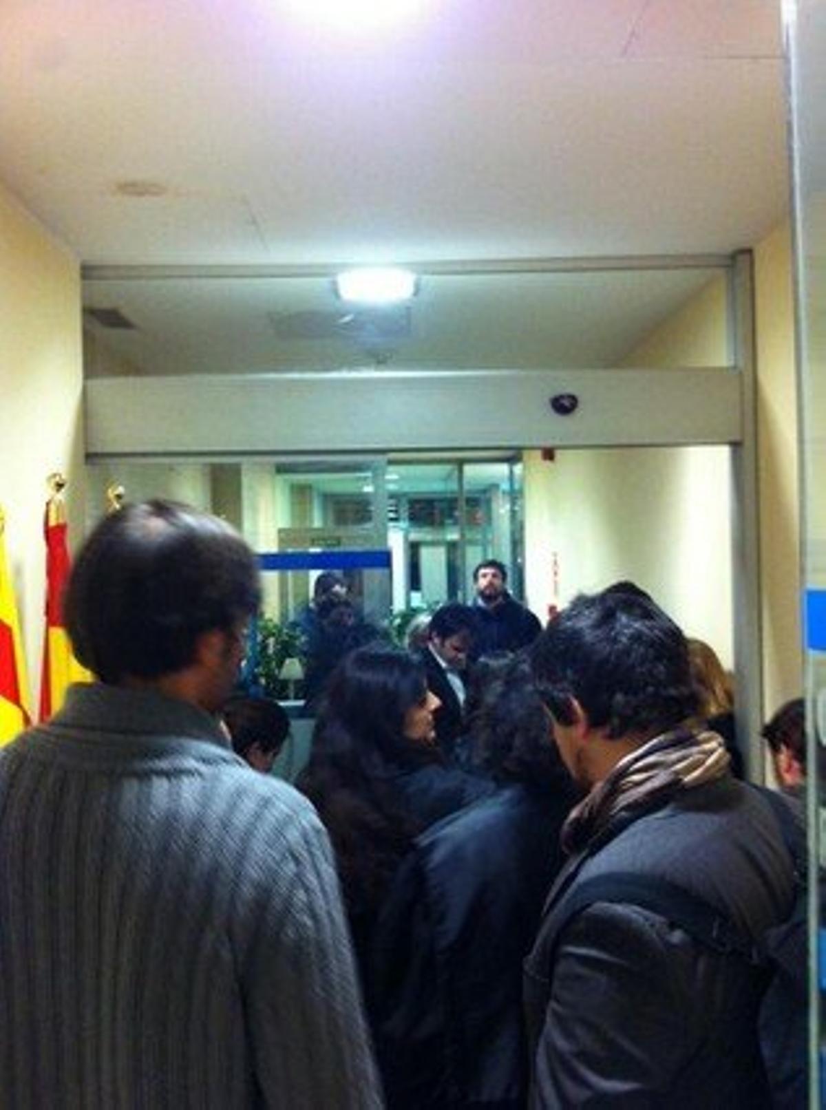 Entrada de los abogados en la sede del PP.