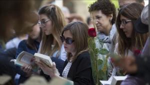 Libros y rosas el pasado Sant Jordi.