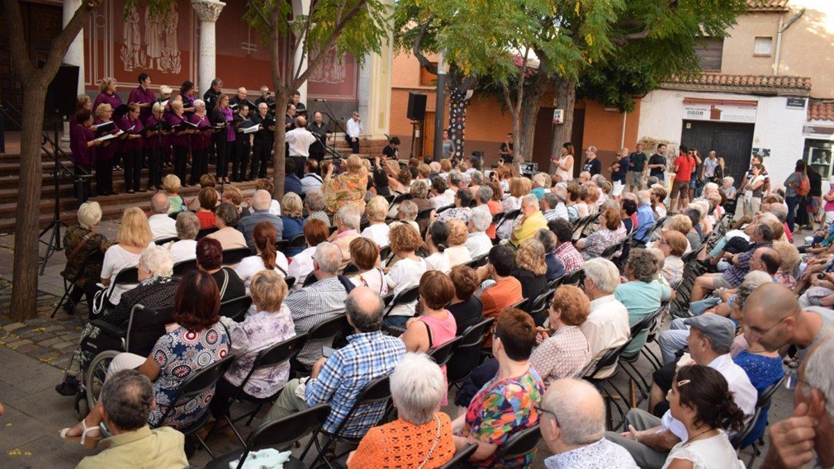 Viladecans celebra la Festa Major d'Hivern juntament amb el 75 aniversari de la Coral la Lira