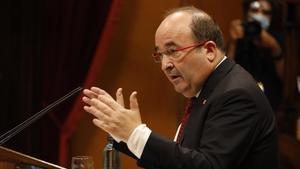 Miquel Iceta durante su intervención en el pleno del debate de política general en el Parlament.