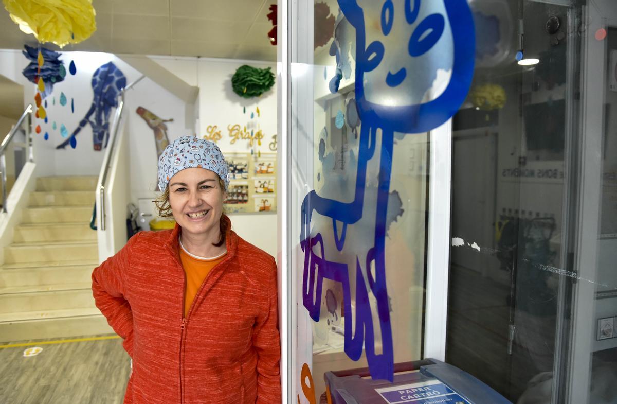 La enfermera pediátrica Mar Martínez, la semana pasada, en uno de los centros de Nexe Fundació.