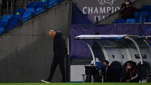 Zidane, en el duelo del Madrid con el Shakthar en Valdebebas.