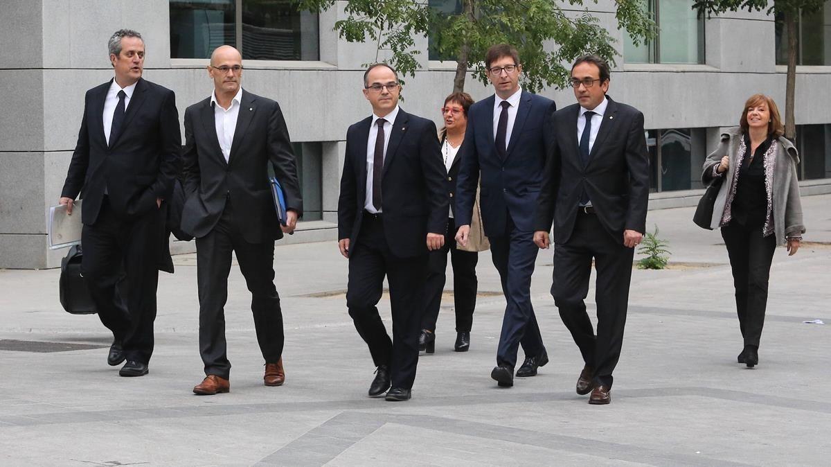 Siete de los 'consellers' cesados a quienes la jueza Carmen Lamela ordenó prisión provisional.