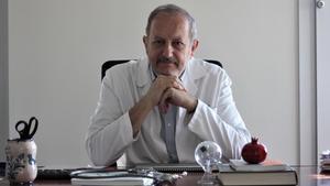 Nicolás Olea, catedrático de Radiología y Medicina Física de la Universidad de Granada