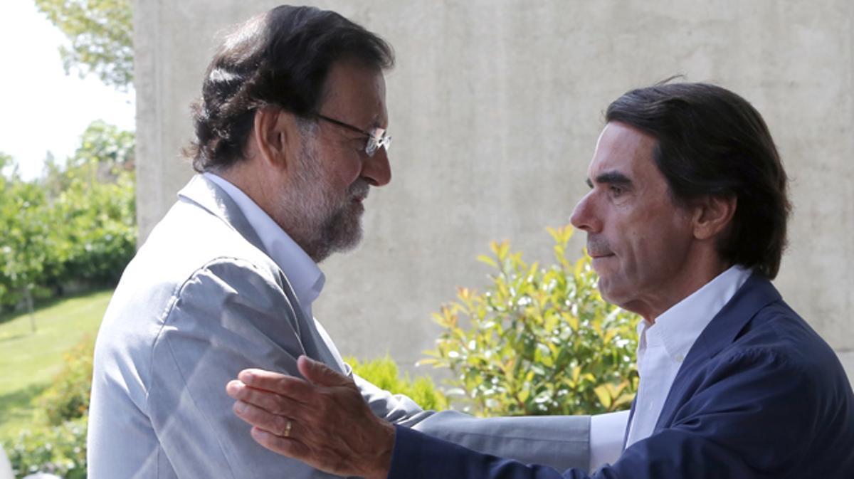 Amargo estreno de Rajoy en el parlamento, mientras Aznar arremete contra el PP por echarla.