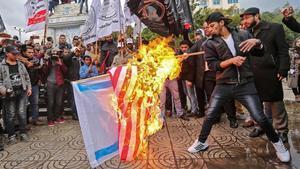 """Els palestins es llancen al carrer en els """"Tres dies d'ira i ràbia popular"""""""