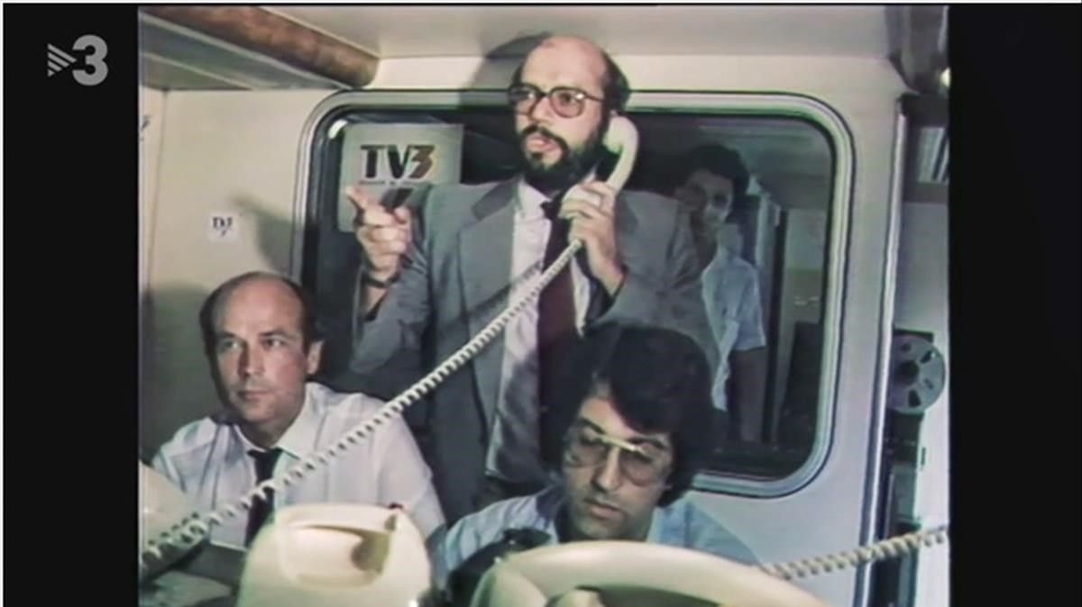 Alfons Quintà inaugurando TV-3 ('FAQS')