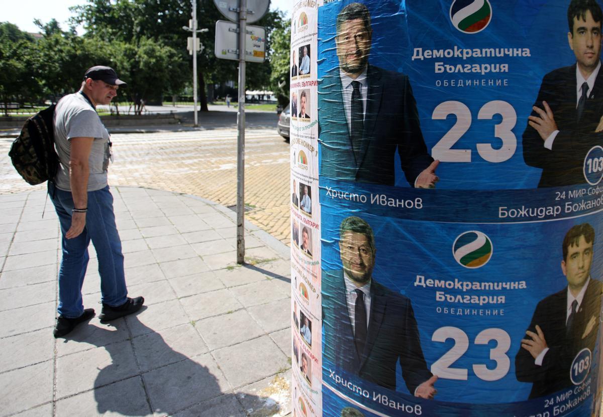El partit d'un cantant, favorit en les eleccions legislatives de Bulgària