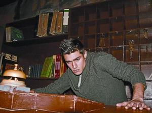 Uno de los aspirantes a actor en el Hotel Krüeger del Tibidabo, en el cásting del pasado miércoles.
